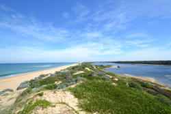 Boating & The Gippsland Lakes   Captains Cove Resort
